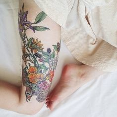 Leg tattoo placement...very pretty piece.