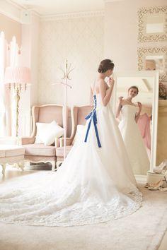 TAKAMI BRIDAL Wedding Photos, Bridal, Wedding Dresses, Fashion, Up Dos, Shoes, Templates, Pictures, Birthday