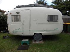 Norma the 64 sunliner Tiny Trailers, Camper Trailers, Campers, Retro Caravan, Chasing Dreams, Vintage Caravans, Pinstriping, Photo Postcards, Recreational Vehicles