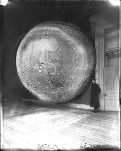 c. 1894. Johann Friedrich Julius Schmidt's model moon at the Field Columbian Museum, Chicago.    #moon #model #museum #Chicago #historyinpictures #historicalpix