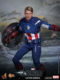 THE AVENGERS - Hot Toys CAPTAIN AMERICA Collectible Action Figure — GeekTyrant