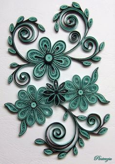 Quilled flowers by pinterzsu