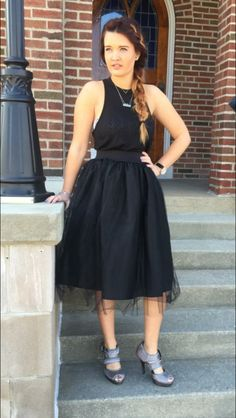 Here is our tulle skirt in BLACK! Shop Too Blue boutique now to find one for you! #love #tulleskirt #freeshipping #springtrends