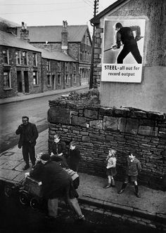 W. Eugene Smith // GREAT BRITAIN. Wales. 1950. Mining town