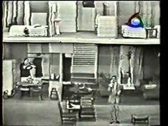 """Família Trapo exibido entre 1967 e 1971, pela TV Record. episodio """"A Morte do Bronco"""" escrito por CARLOS ALBERTO DE NOBREGA             e JÔ SOARES elenco: RONALD GOLIAS, tio carlos bronco         OTELO ZELONI,pepino trappo         RENATA FONZI, helena         JÔ SOARES=gordon, mordomo         RICARDO CORTE REAL, junior         CIDINHA CAMPOS    VIDEO SOB Licença padrão do YouTube"""