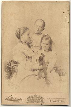 #Three #sisters #vintage #Photos