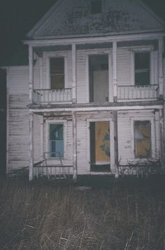 FARMHOUSE GHOST STORIES