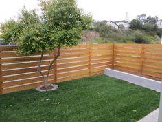 Horizontal privacy fence