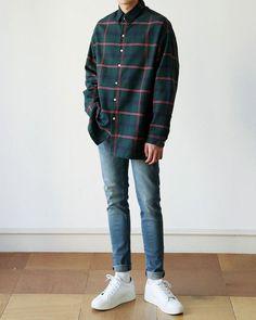 Fashion street style boy 30 Ideas for 2019 Korean Fashion Men, Ulzzang Fashion, Urban Fashion, Korean Men Style, Street Style Boy, Mode Swag, Teenager Mode, Cool Outfits, Fashion Outfits