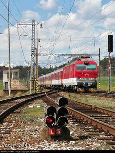 RailPictures.Net Photo: 350.008 ZSSK 350 ŠKODA at Poprad, Slovakia by Jozef Grena Electric Locomotive, Steam Locomotive, Diesel, Electric Train, Civil Engineering, Transportation, Beautiful Places, Around The Worlds, Photography