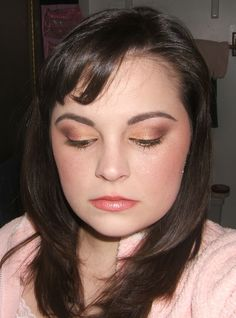 Gorgeous eye look. Similar to my poor disco'd UD Blaze. (Sniff.)