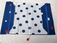 protège livre tissu grand format  pin up couvre livre liseuse bleu pois  n°2