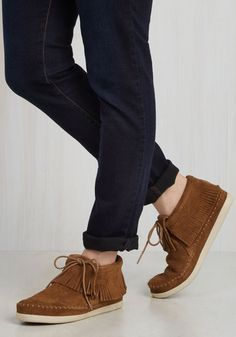 You've Got a Fringe in Me Flat in Caramel by Minnetonka - Leather, Suede, Tan, Solid, Fringed, Casual, Boho, Vintage Inspired, 70s