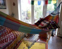 Hang a hammock in your kitchen - indoors outdoor hammock living!