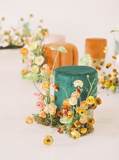 Stumped on ways to incorporate color to your wedding? Allow today's insanely creative, melon-hued shoot to inspire! Fall Wedding Flowers, Autumn Wedding, Floral Wedding, Wedding Colors, Wedding Bouquets, Decoration Table, Reception Decorations, Event Decor, Floral Centerpieces