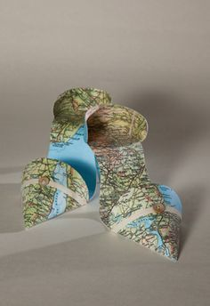 Shoes - Jennifer Collier #colleges #paper