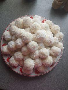 Baking Recipes, Vegan Recipes, Dessert Recipes, Vegan Food, Sweet Desserts, Fudge, Cake Decorating, Food And Drink, Coconut