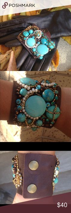 Custom bracelet Gorgeous turquoise and leathers bracelet. The size of the bracelet can be adjusted since it has double buttons as security locks. Jewelry Bracelets