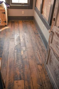 "Hand Crafted ""Granny's Store"" Flooring Appalachian Mixed Hardwoods - Bodenbelag Rustic Wood Floors, Farmhouse Flooring, Pallet Floors, Distressed Wood Floors, Diy Wood Floors, Hardwood Floor Stain Colors, Wood Look Tile Floor, Floor Colors, Kitchen Flooring"