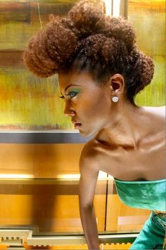 I like the emphasis on the hair. Cute natural updo. #hair #curls #curly
