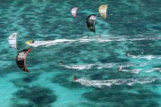 Pas mal, pas mal... :) Kitesurf à Zanzibar love from adoscool.com