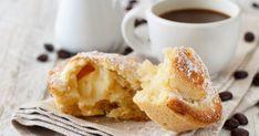 Vaníliás citromkrémmel töltött olasz sütemény: a pasticciotto muffinformában is készülhet - Receptek   Sóbors Cobbler, French Toast, Muffin, Breakfast, Desserts, Food, Morning Coffee, Tailgate Desserts, Deserts