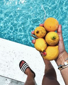 Lemons and pool time! My vacation in Mallorca. Check out my weekly review on: designdschungel.com