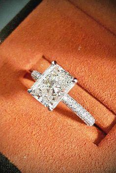 Simple and elegant engagement rings (5)