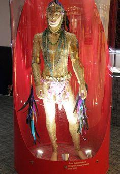 Figurinos de Ney Matogrosso ganham exposição na Zona Leste (Foto: Divulgação)
