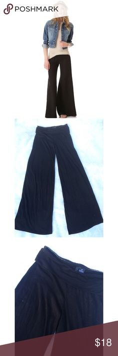 •Wide leg• fold over waist pants Wide leg palazzo pants by Ultra Flirt. Worn once; 9.5/10 condition. Lint seen in photo but will be removed prior to shipping. Flattering fit: tight in the thigh area, flowing into wide legs. Fold over waist band to perfect the look of the waist; hides the little extra muffin top if needed . Price is negotiable through the offer button. No trades   [Cover photo is for inspiration & is not the actual item; though, it is very similar]. Ultra Flirt Pants Wide Leg