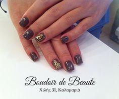 Gold tribal! #nailart #nails #nailswag #nailsalon #kalamaria #skg #thessaloniki #beautysalon #beauty #naildesign #nailpolish #boudoirdebeaute #boudoir_de_beaute #manicure #nails_greece #nailsoftheday #nailporn #nailaddict #tribal