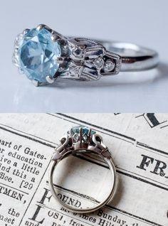 Cool 1930s Art Deco Zircon Solitiare Ring