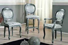 Scaun tapitat cu cotiere este o piesa de mobilier gratioasa, in stil baroc, cu elemente decorative sculptate manual care aduce eleganta interioarelor noastre. Este lucrat manual, din lemn de fag. Tapiseria si culoarea lemnului, va invitam sa le personalizati in functie de ambientul  casei dumneavoastra. #scaun #scaune #chair #chairs #scauneclasice #scaunetaptate #scauneliving #scaunebucatarie Dining Chairs, Furniture, Home Decor, Decoration Home, Room Decor, Dining Chair, Home Furnishings, Home Interior Design, Dining Table Chairs