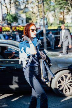 Street Style Paris Fashion Week, septiembre de 2016 © Icíar J. Carrascohttps://www.youtube.com/watch?v=ELbDBq_LXf0