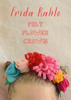 Kids and teens make Frida Kahlo flower crowns using felt, a headband, and some hot glue. Diy Flower Crown, Diy Crown, Flower Crowns, Flower Headbands, Flower Hair, Felt Roses, Felt Flowers, Paper Flowers, Fabric Flowers