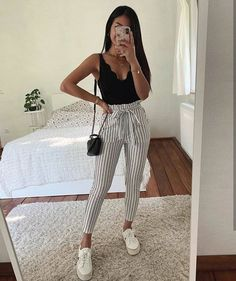 15 süße Crop Tops, die jedes Mädchen im Jahr 2019 besitzen sollte – Sommer-Outfits – Sommer M… 15 cute crop tops every girl should have in 2019 – summer outfits – summer m …, Crop Top Outfits, Cute Casual Outfits, Sporty Outfits, Mode Outfits, Cute Summer Outfits, Simple Outfits, Stylish Outfits, Teen Fashion Outfits, Outfits For Teens