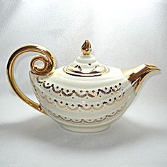 Hall Aladdin Teapot Gold Swag On Ivory