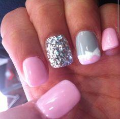 ❤❤ pink glitter white gray bow finger nail nails polish design art too cute! Fabulous Nails, Gorgeous Nails, Love Nails, Pretty Nails, My Nails, Glam Nails, Pink Nails, Beauty Nails, Sparkle Nails