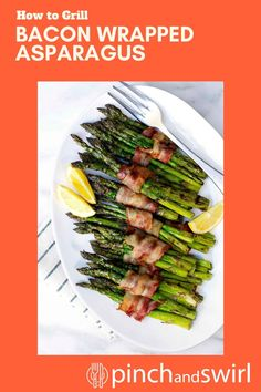 Did you know that you can cook Bacon Wrapped Asparagus on the grill! SO easy! Excellent for those on a keto or low carb diet. One of those recipes you'll return to again and again! Recipe video and detailed instructions in post. Healthy Grilling Recipes, Healthy Summer Recipes, Quick Healthy Meals, Vegetarian Recipes, Potluck Side Dishes, Side Dishes Easy, Grilled Bacon Wrapped Asparagus, Grilled Green Beans, Bacon On The Grill