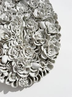 White garden, detail - Lidia Kostanek ceramic sculpture Ceramic Wall Art, Inspirational Wall Art, White Gardens, Contemporary Ceramics, Illustrations, Wall Sculptures, Flower Power, Projects To Try, Clay