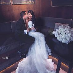 Um bom dia repleto de amor! ❤ . . . . . #goodmorning #bomdia #casamento #bride #brides #bridal #weddingday #wedding #weddings #photographer #photoshop #marriage #noiva #noivos #love #amor #lovers #happy #feliz #dream #weddingdress #dress #fashiondress #fashionweek #sonhocasamento #vestido #buenosdias #groom #gown #madrinhas