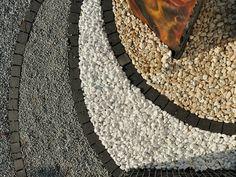 White Gardens, Small Gardens, Simple House Exterior Design, Decorative Pebbles, Rock Garden Design, Zen, Modern Landscaping, White Marble, Decoration