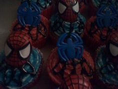 spiderman cupcakes