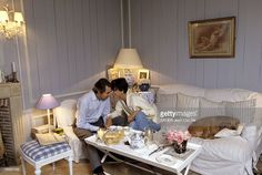 Rendezvous With Ines De La Fressange At Home Attitude tendre et... News Photo   Getty Images