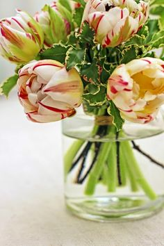 A Bunch for the Weekend-# 45-Little Pretty Tulips-Ingrid Henningsson-Of Spring and Summer