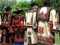 magyar cifraszűr- Hungarian hand made Hungarian Embroidery, Wool Embroidery, Embroidery Patterns, Folk Costume, Costumes, Heart Of Europe, Folk Dance, Costume Patterns, Tribal Fusion