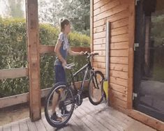 Parkis bicycle lift demo