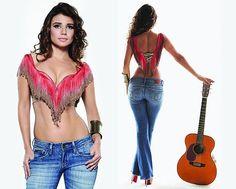 Love this outfit Fotos Paula Fernandes, Beautiful People, Beautiful Women, Guitar Girl, Female Models, Girly, Wonder Woman, Outfits, Superhero