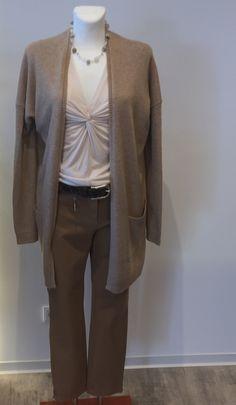 Jacke und Shirt von BLOOM, Hose von Raffaelo Rossi