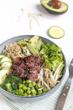 Salade tonijn en avocado poke bowl
